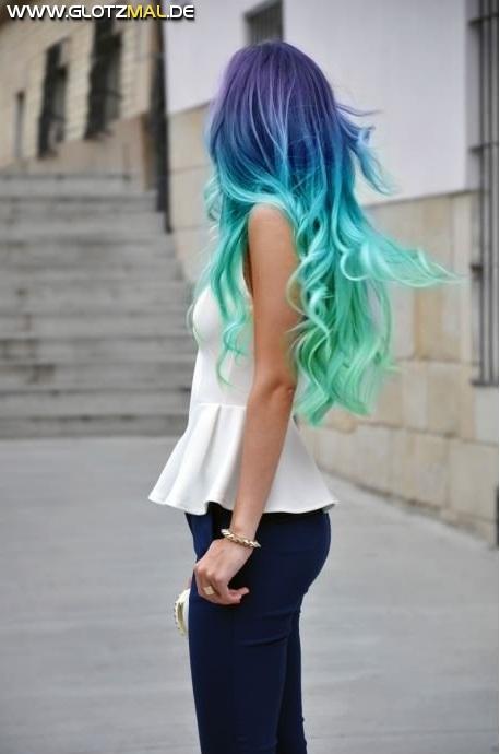 DAT HAIR...